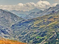 Valle de Guarrinza by Pedro Flores, via 500px