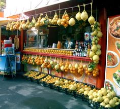 Lemons from Sorrento....yes, they are really that big!