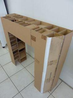 Made of cardboard from l'Atelier cadre et déco . www.cadreetdeco.fr Diy Cardboard Furniture, Cardboard Crafts, Home Organisation, Diy Organization, Recycled Crafts, Diy And Crafts, Carton Diy, Faux Fireplace, Diy Box