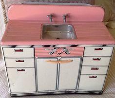 Vintage Marx Pretty Maid Mar Toys Tin Sink Great Condition! Cute Vintage Toy! #Marx