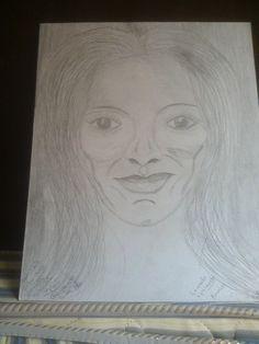 Dibujo a lspiz sobre papel cartoncillo de una mujer madura. por Mauricio R. 25 Jun 2015.