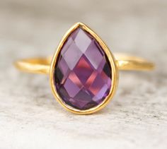 amethyst teardrop ring...even though I'd like it better in white gold