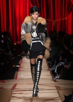 Moschino Fall Winter 2017 fashion show - See more on www.moschino.com