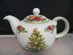 """Royal Albert - Old Countrys Roses  """"Holiday  Classic Colecction"""""""
