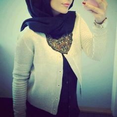20 Ideas  How to Wear and Combine White Tops| Hijab Styles  923180 529034533823525 1713904706 n