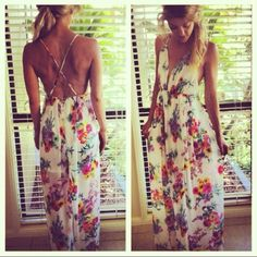 Floral Maxi Dress. I WANT THIS SOOO BAD
