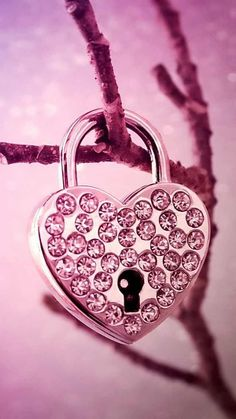 Lock with pink and bling! Pink Wallpaper Backgrounds, Cute Wallpaper For Phone, Love Wallpaper, Cute Wallpapers, Metallic Wallpaper, Beautiful Wallpaper, Heart Wallpaper, Abstract Backgrounds, Iphone Wallpaper