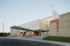 Semple Brown Design designed an addition to the Littleton Church of Christ that took advantage of the site's features including the commanding views of.
