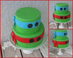 Teenage Mutant Ninja Turtle Cake @Lisa Phillips-Barton Phillips-Barton Phillips-Barton Knight this looks like a cake the boys would love.  :) Turtle Birthday Parties, Ninja Turtle Birthday, Ninja Turtle Party, Ninja Turtles, Birthday Ideas, Birthday Cake, 7th Birthday, Tmnt Cake, Ninja Cake
