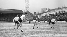 Peacock recalls 'big freeze' of 1963 Charlton Athletic Football Club, Charlton Athletic Fc, Afc Wimbledon, Big Freeze, Walsall, Could Play, Best Player, One Team, Southampton