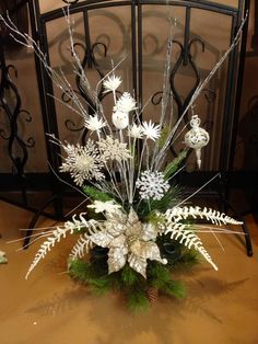 Silver and champagne Snowflake Christmas Centerpiece for Christmas 2014 Decor