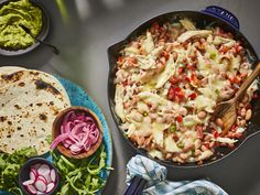 It doesn't get easier than this. Just pair your trusty skillet with chicken for a simple yet satisfying weeknight meal the whole family will love. Taco Skillet Recipe, Skillet Chicken, Cheesy Chicken, Chicken Casserole, Keto Chicken, Skillet Recipes, Hamburger Casserole, Mexican Chicken Recipes, Shredded Chicken Recipes