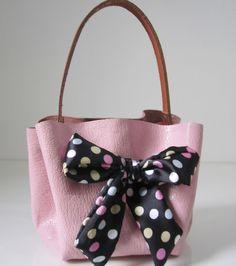 Φτιάξε μια ρομαντική τσάντα με φιόγκο