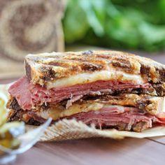 Best Reuben Sandwich without Sauerkraut Recipe - RecipeChart.com