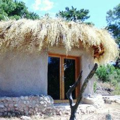 10 Reasons to Build an Earthbag House