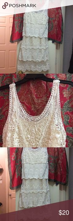 American Eagle Outfitters Lace dress. In excellent worn condition, lace layered dress. You can wear it with a nice pair of heels or even cowgirl boots for a country look. American Eagle Outfitters Dresses Midi