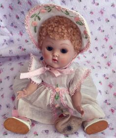 "VOGUE GINNY DOLL GINNY ""CRIB CROWD""  SO CUTE!  #Dolls"