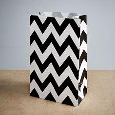 Chevron-kuvioinen paperipussi, musta (12 kpl) 4,50€