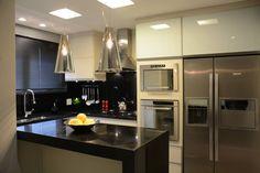 APARTAMENTO: Cozinhas Moderno por Nátaly Ely Arquitetura
