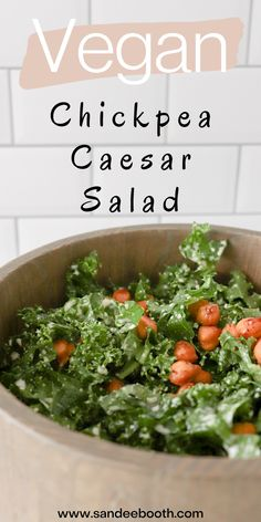 Try making this vegan chickpea caesar salad with an easy lunch or dinner recipe that is completely vegan. Swap out a traditional chicken caesar salad with these spicy roasted chickpeas for a vegan meal that is delicious and healthy. Chickpea Recipes, Vegetarian Recipes, Healthy Recipes, Healthy Food, Whole Food Recipes, Dinner Recipes, Cooking Recipes, Chicken Caesar Salad, Kale Salad