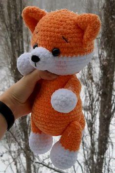 Crochet Kawaii, Chat Crochet, Crochet Mignon, Crochet Diy, Crochet Crafts, Crochet Projects, Crochet Teddy Bear Pattern, Crochet Animal Patterns, Stuffed Animal Patterns