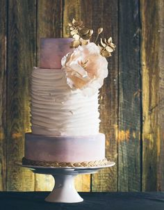 Ruffles and hand painted watercolor wedding cake mounia-eloukkal-art | Cakes