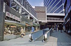 Entrance to the Merrion Centre c. Old Pictures, Old Photos, Council Estate, Birmingham City Centre, Leeds City, Birmingham England, Sense Of Place, West Yorkshire, Slums