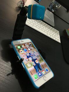 DIY Sled to record Mobile Device User Testing -   Slitta fatta in casa per registrare le sessioni di User Testing su ogni tipo di smartphone. #LikeMacGyver #uxdesign #DIY #idibcorp
