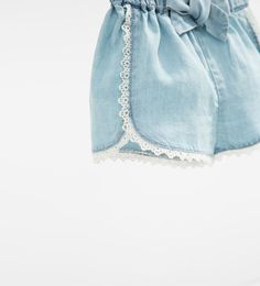 Image 4 of Flowing denim shorts from Zara