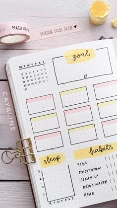 Bullet Journal Weekly Spread by Cayaline Apuntes Bonitos ✍️ Diy Bullet Journal, Bullet Journal Headers, Bullet Journal Banner, Bullet Journal Notebook, Bullet Journal Aesthetic, Bullet Journal School, Bullet Journal Spread, Bullet Journal Ideas Pages, Bullet Journal Layout