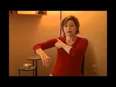 Learn an easy self-massage routine to drain fluid and reduce swelling from the arm. If you're a breast cancer survivor or have extreme edema in the arm, please consult your physician before performing this on yourself. Reiki, Lymphatic Drainage Massage, Sinus Massage, Facial Massage, Skin Brushing, Self Massage, Massage Benefits, Lymphatic System, Breast Cancer Survivor