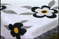 Arte Brasil | Toalha de Mesa em Patchwork - Yvone Lobato