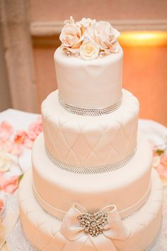 Johnson's Custom Cakes | Photography by West Palm Beach Wedding from Captured Photography by Jenny