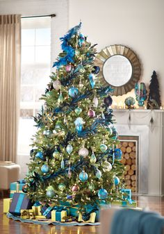 A Christmas tree that is all about the Peacock Collection. #holidays #peacock