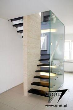 Halbgewendelte-Treppe