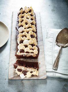 Gâteau au chocolat, croquant aux amandes et au caramel #ricardocuisine