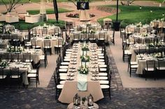 I just love mixing it up with round and family-style seating! Wedding reception seating arrangements: Pros and cons for every table layout - Wedding Party Wedding Reception Seating Arrangement, Wedding Table Layouts, Wedding Reception Layout, Outdoor Wedding Reception, Wedding Seating, Reception Table, Wedding Ideas, Trendy Wedding, Dream Wedding
