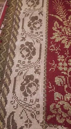 Beaded Embroidery, Embroidery Patterns, Cross Stitch Patterns, Christmas Cross, Cross Stitching, Monochrome, Bohemian Rug, Cross Stitch, Towels