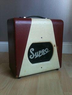 1957 Supro Spectator