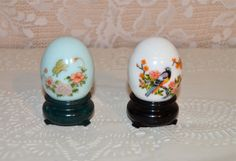 Avon Decorative Egg Decanters Robin Egg Blue Delicate by WVpickin