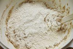 Luftige rundstykker med havregryn - My Little Kitchen Vanilla Cake, Food And Drink, Cheese, Desserts, Tattoos, Baked Goods, Tailgate Desserts, Deserts, Tatuajes