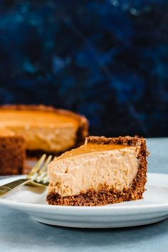 8 Plant-Based Thanksgiving Dessert Recipes to Add to Your Menu - Hello Veggie