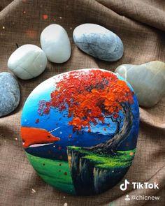 Flowers In Vase Painting, Easy Flower Painting, Seashell Painting, Rock Painting Patterns, Rock Painting Designs, Stone Art Painting, Aesthetic Painting, Pebble Art, Painted Rocks