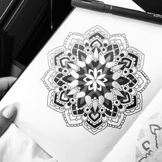 Been sitting on a shaky train trying to draw for the last hours. have really been a test of patience especially when my favorite bronze pen decided to splash ink all over it and afterwards stop working, but hey it didn't turn out to bad in the end Shrink Art, Stop Working, 5 Hours, Mandala Art, Insta Art, Zentangle, Patience, Coloring, Doodles