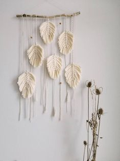 101 Unique Wall Decorations Ideas To Create Beautiful Home - Are you searching for a way to add beauty and personality to your home? Then consider adding unique wall decor. When you think of unique wall decor on. Macrame Wall Hanging Patterns, Diy Wall Hanging, Macrame Design, Unique Wall Decor, Macrame Projects, Diy Home Crafts, Deco Design, Diy Room Decor, Home Decor