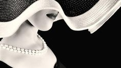 дама, в шляпе, и в ожерелье