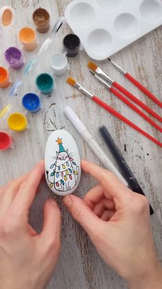 Christmas cat - Cool rock painting idea with Christmas cat. Step by step tutorial with Artistro rock painting kit. - : Christmas cat - Cool rock painting idea with Christmas cat. Step by step tutorial with Artistro rock painting kit. Rock Crafts, Crafts To Make, Fun Crafts, Crafts For Kids, Arts And Crafts For Adults, Stone Crafts, Adult Crafts, Homemade Crafts, Nature Crafts
