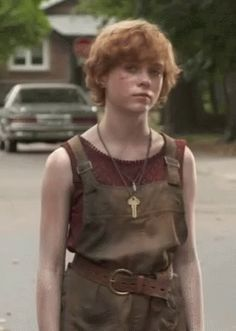 The perfect Beverly BeverlyMarsh Sophia Animated GIF for your conversation. Queen Sophia, Beverly Marsh, It The Clown Movie, Indian Photoshoot, Foto Instagram, Celebs, Celebrities, Pretty People, Redheads
