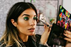The Lazy Girls' Guide to Halloween Makeup - Cleopatra