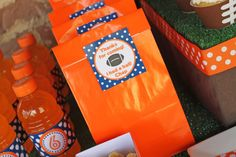 Good bags for a Gator Party! Sports Themed Birthday Party, Birthday Bbq, Football Birthday, Sports Party, Birthday Ideas, Birthday Parties, Kid Parties, Football Party Invitations, Football Party Decorations